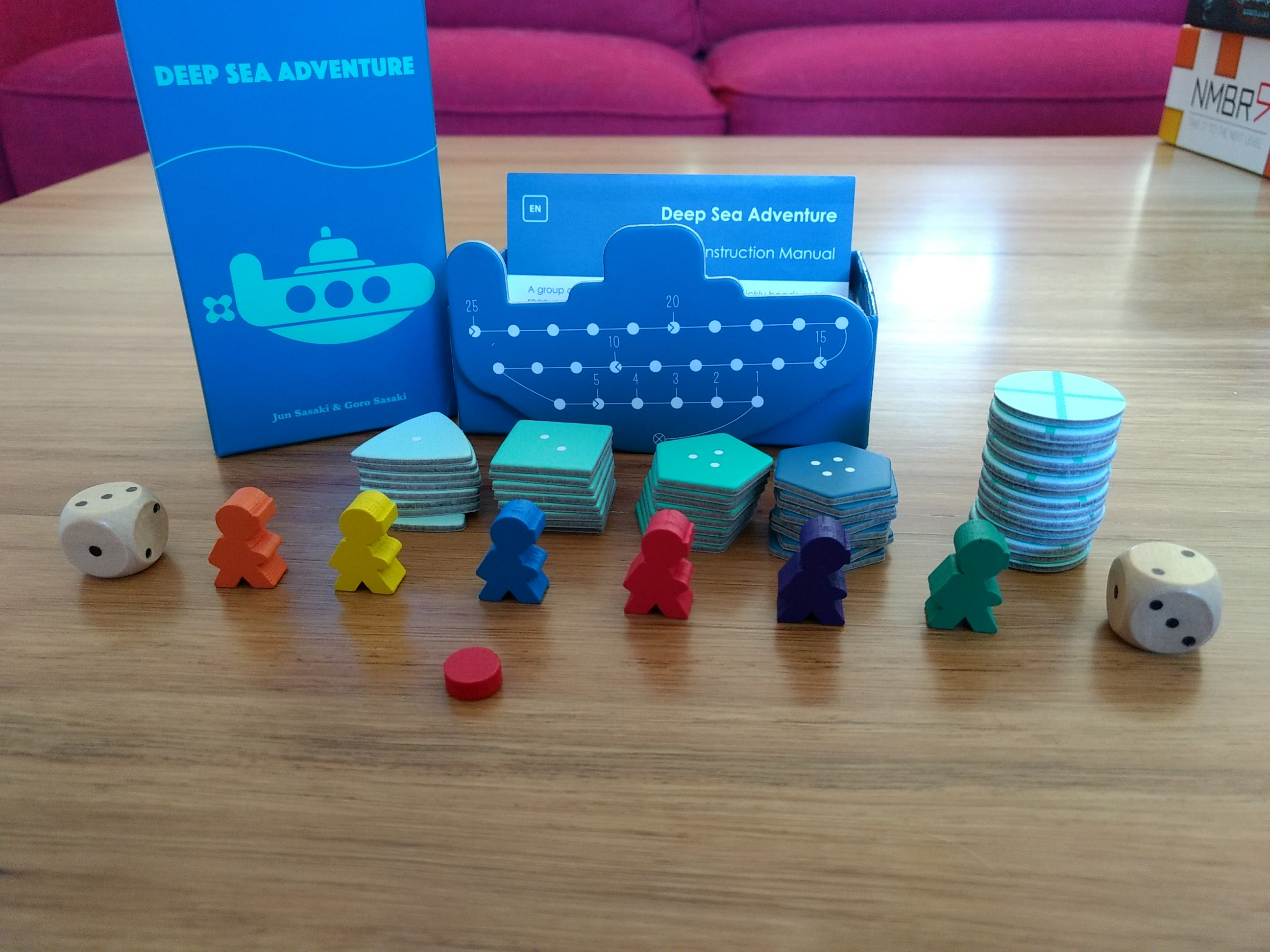 r2r-board-game-review-deep-sea-adventure-components
