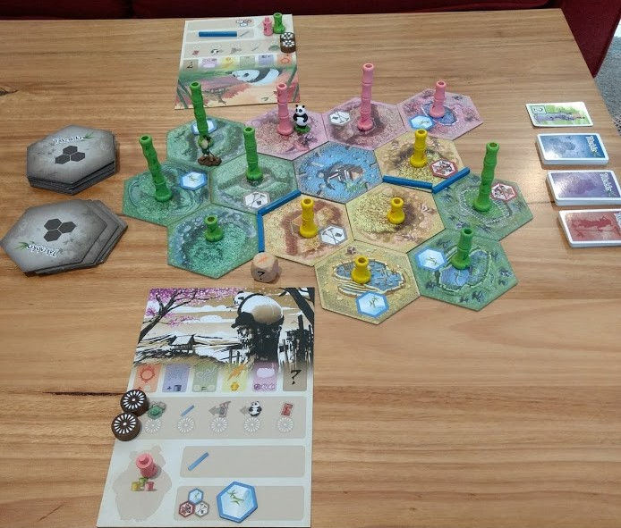 roll-to-review-board-game-Takenoko-corgi-from-afar