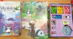 roll-to-review-board-game-Takenoko-inside-the-box