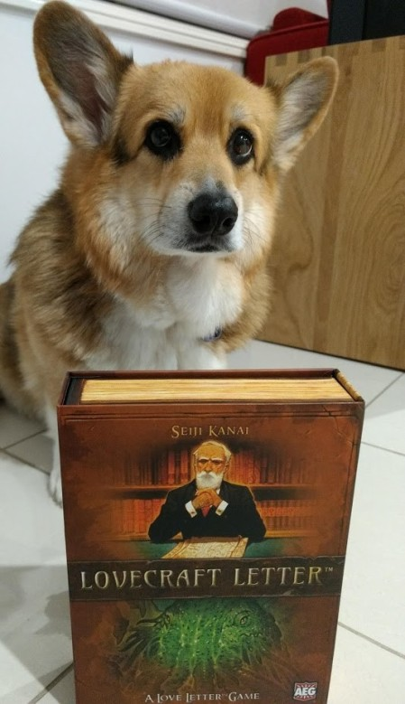 Roll-to-review-board-game-lovecraft-letter-corgi