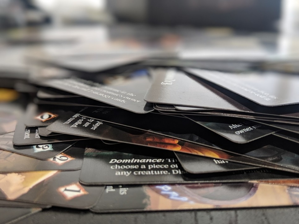 A portrait view of a pile of cards.